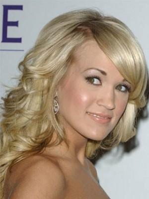 Hübsche Carrie Anderwood Frisur Perücke
