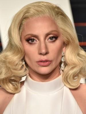 Schimmernd Lady Gaga Wellig Spitzefront Synthetische Perücke