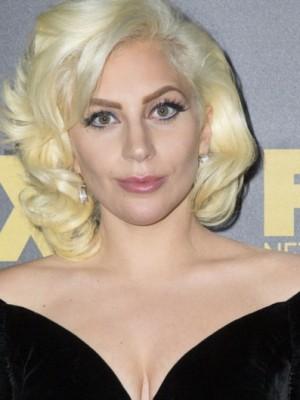Verführerisch Lady Gaga Echthaar Wellig Spitzefront Perücke