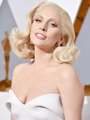 Synthetisch Lady Gaga Wellig Spitzefront Perücke