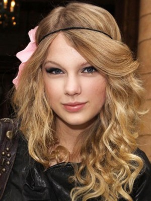 Dauerhafte Taylor Swift Kappenlos Wellig Kunsthaar Perücke