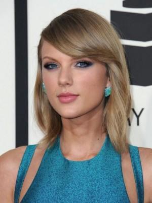 Schicke Gerade Taylor Swift Spitzefront Kunsthaar Perücke
