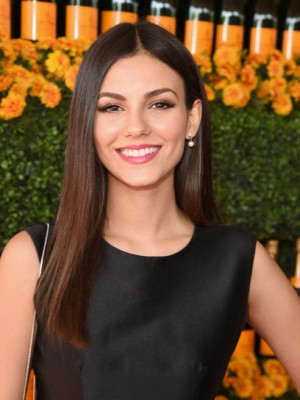 Charmant Gerade Victoria Justice Spitzefront Kunsthaar Perücke