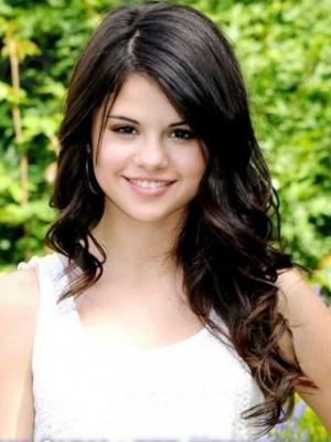 Hübsche Selena Gomez Modische Perücke