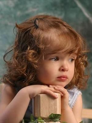 Liebliche Lockig Komfortable Remy Echthaar Kinder Perücke
